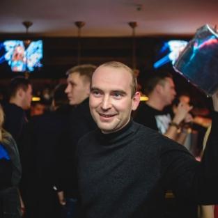 Ночь в стиле Bacardi! Специальный гость SKYBAR: DJ ROCKSTAR 20.11.15