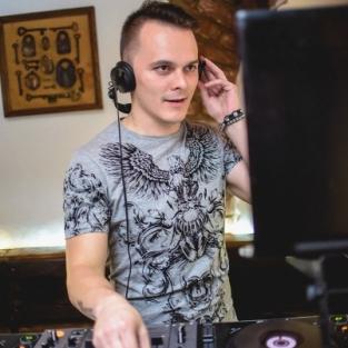 DJ LUTIQUE 06.11.15