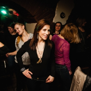 Girls attack party 23.02.2013
